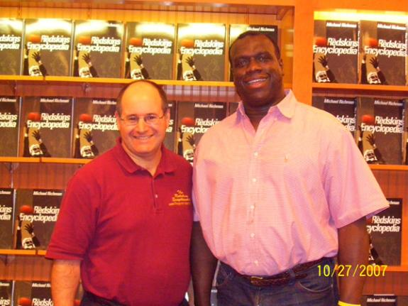 Oct. 27, 2007: Barnes & Noble in Tysons Corner, VA