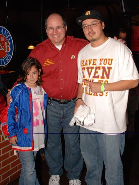 """Nov. 14, 2008: """"We Want Dallas"""" pep rally, Dave & Busters, Rockville, MD"""